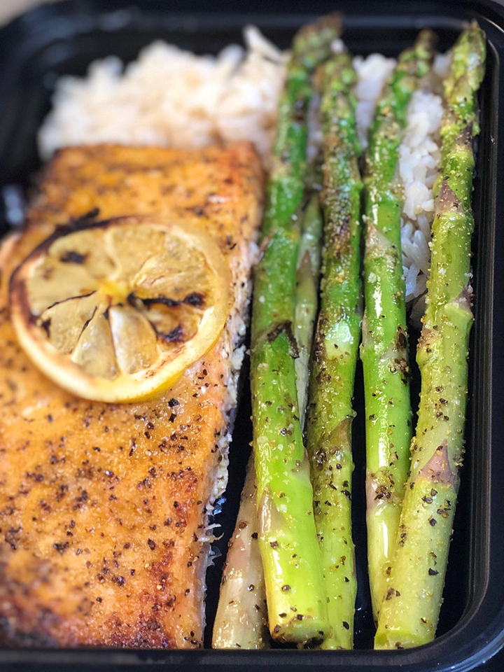 Spiced Salmon with Asparagus